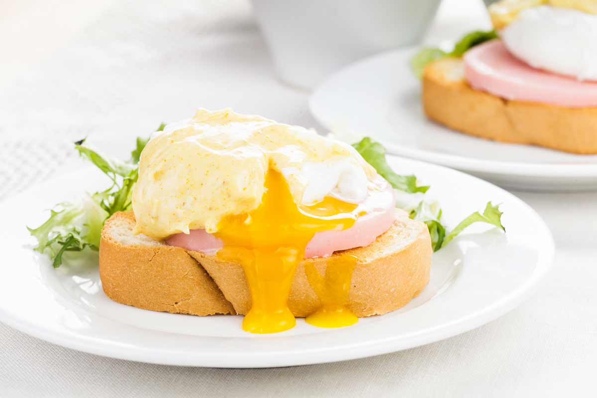 Good Morning With Eggs Benedict